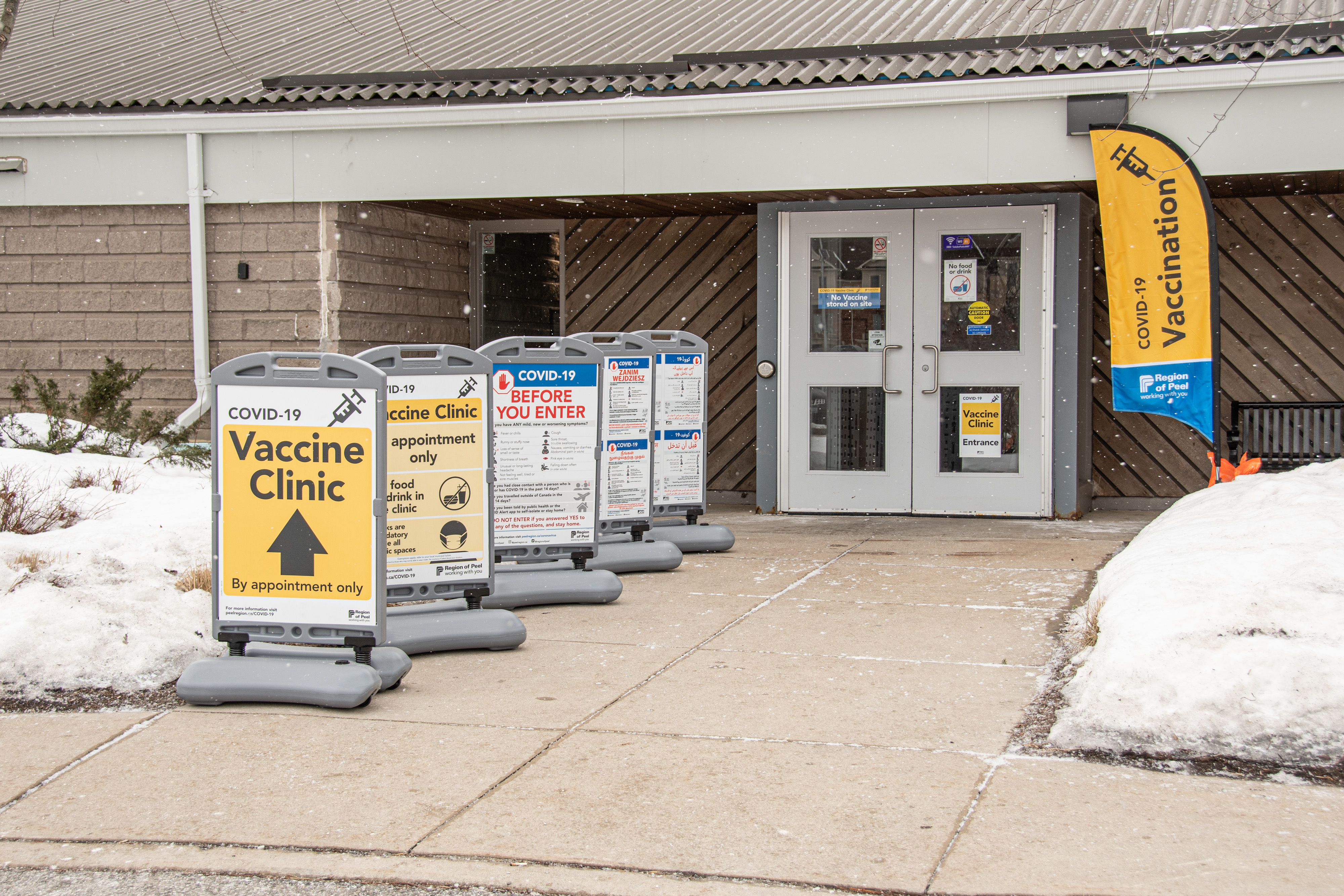 Vaccination clinic in Caledon East.