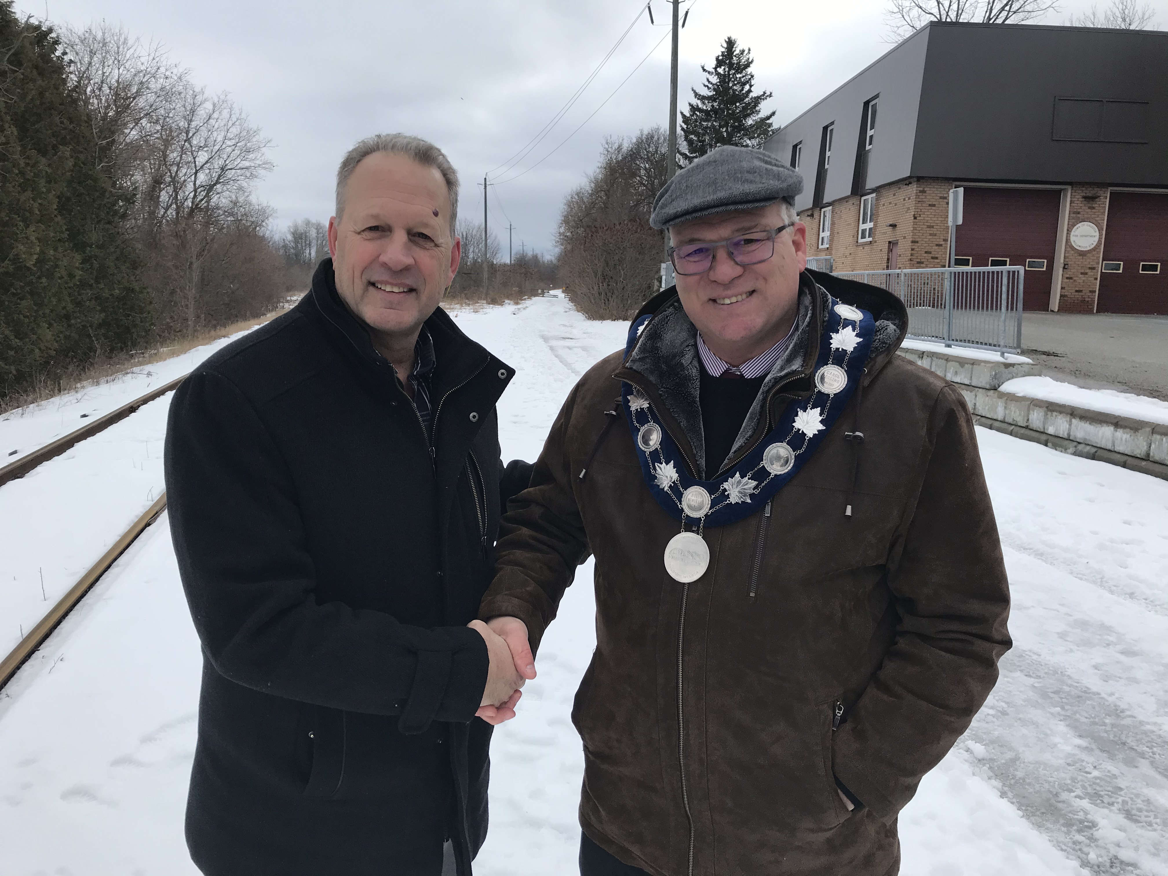 Brian McCullagh, Vianet and Mayor Allan Thompson