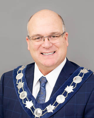Mayor Allan Thompson